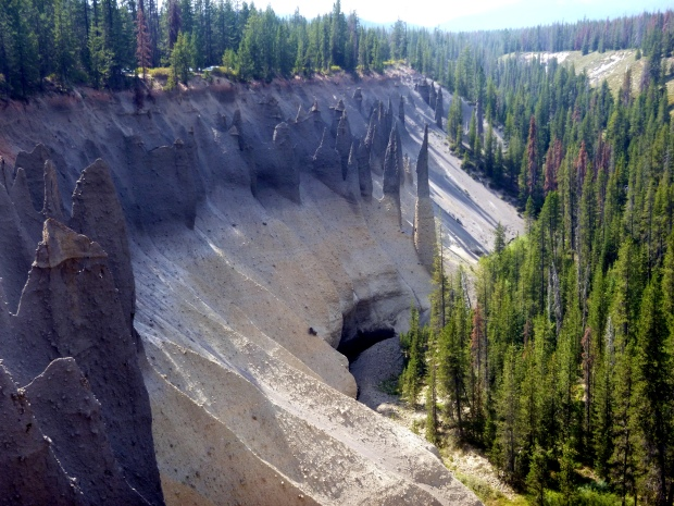 Pinnacles formation, Crater Lake National Park, Oregon