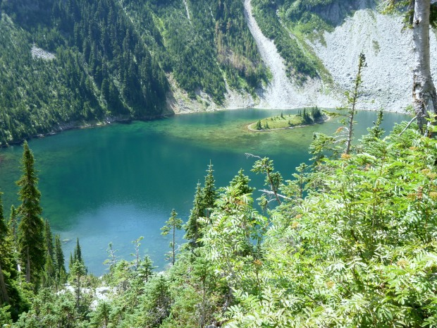 Close up view of waters and island in Lake Ann, Maple Pass Trail, North Cascades National Park, WA