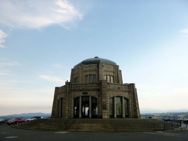 Vista House at Crown Point Overlook, Oregon