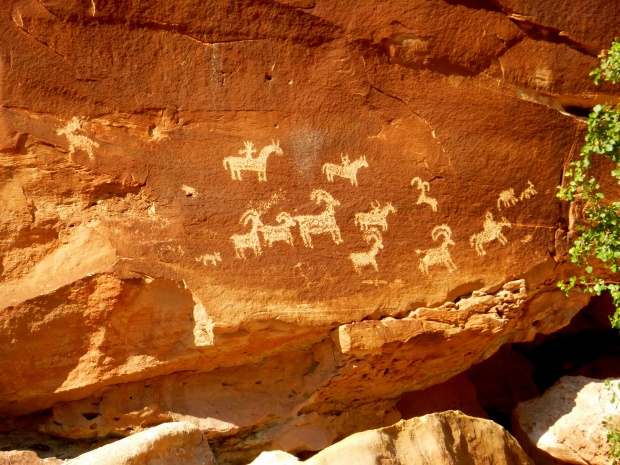 Ute petroglyph panel, dated to 1650-1850 AD, Delicate Arch Trail, Arches National Park, Utah