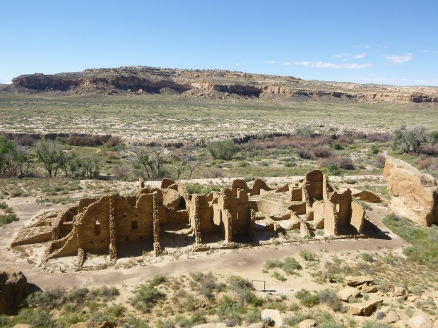 Kin Kletso seen from above on Pueblo Alto Trail, ca. 1100 - 1130 AD, Chaco Canyon National Historical Park, New Mexico