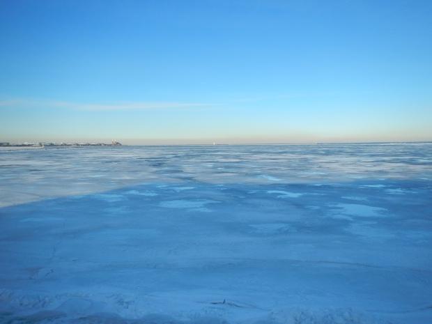 Frozen Lake Michigan outside Shedd Aquarium, Chicago, Illinois