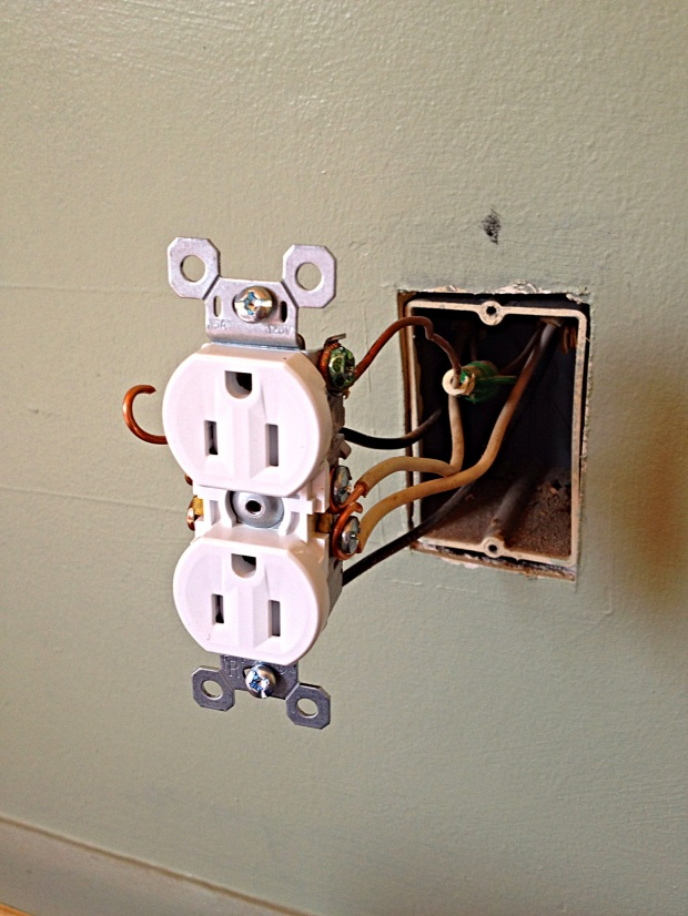 Installing new electrical receptacles, Jasper, Tennessee