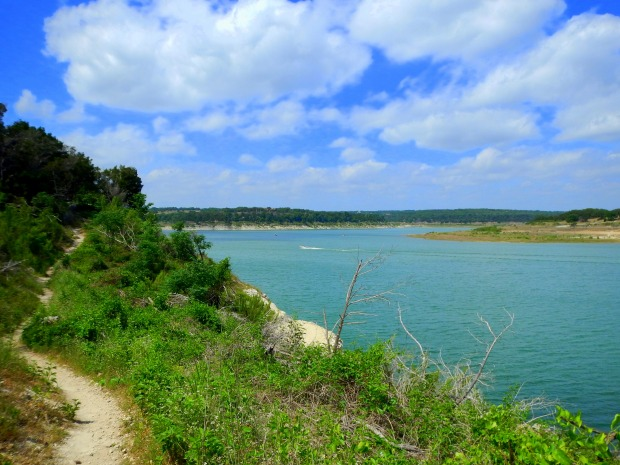 Goodwater Loop along the cliffs, San Gabriel River Trail, Cedar Breaks Park, Lake Georgetown, Texas