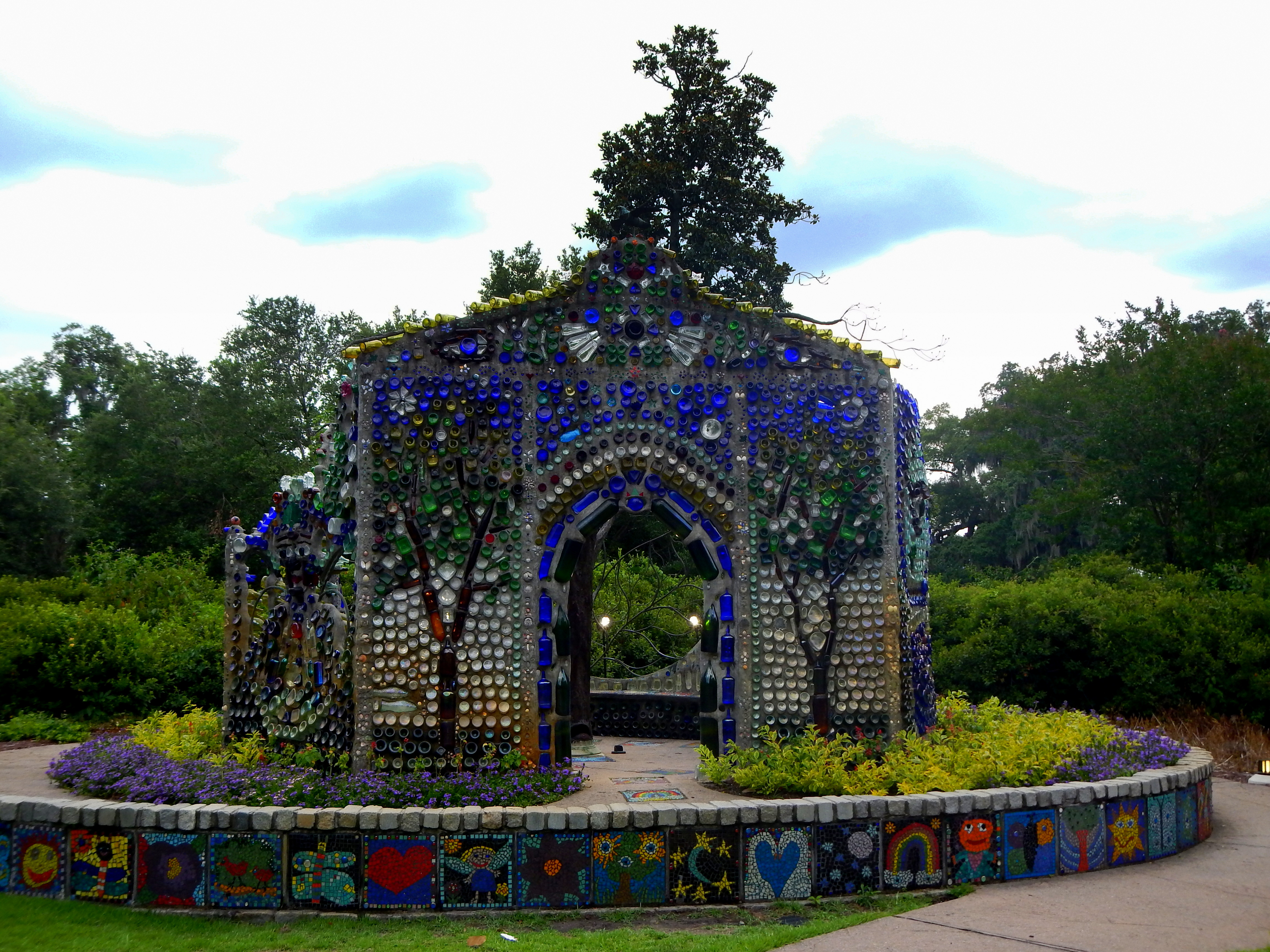 Airlie Gardens And The Bottle Chapel Wilmington North Carolina Another Walk In The Park