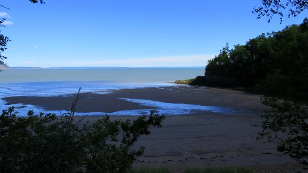 Return trip past Herring Cove Beach after tide started going out, Coastal Trail, Fundy National Park, New Brunswick, Canada