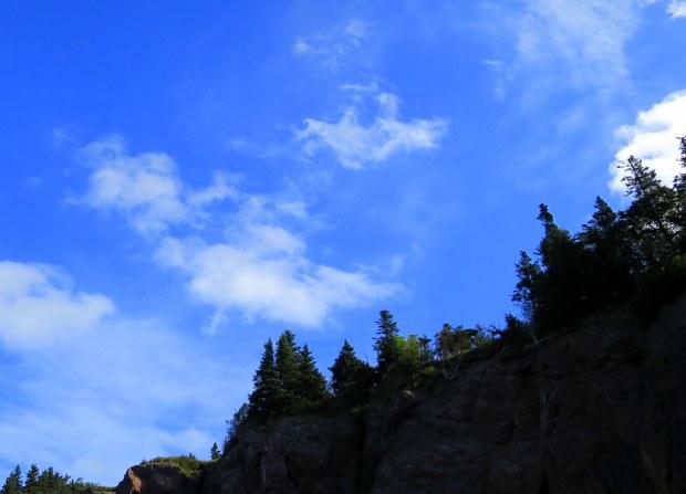 Cliffs over Anderson's Cove, Eatonville Trail, Cape Chignecto Provincial Park, Nova Scotia, Canada