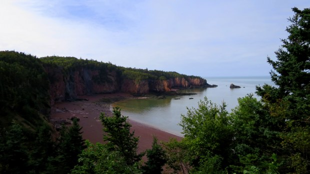 Squally Point Shoreline, Eatonville Trail, Cape Chignecto Provincial Park, Nova Scotia, Canada
