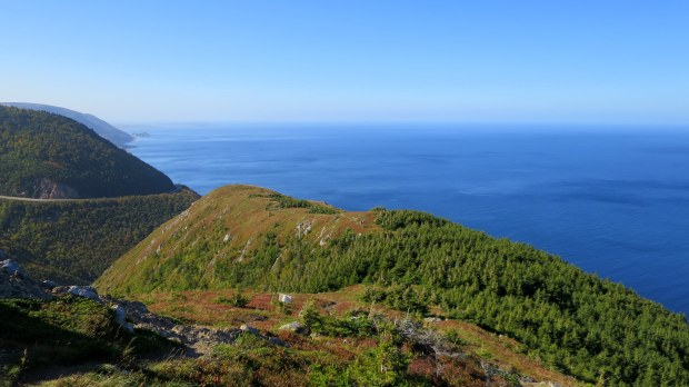 Trail terminus on the headland, Skyline Trail, Cape Breton Highlands National Park, Nova Scotia, Canada
