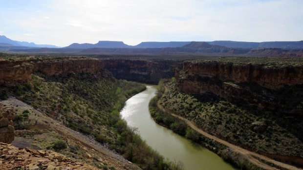 Overlook by the dam, Virgin River Canyon Rim, Utah