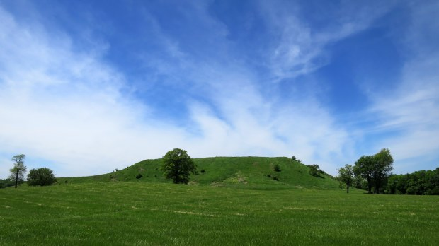 Monks Mound from the east, Cahokia Mounds State Historic Site, Illinois