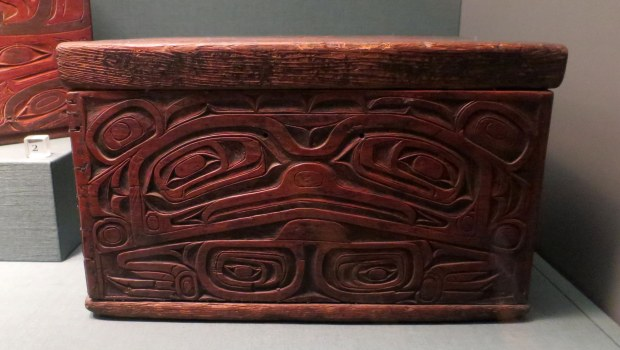 Tlingit spruce root box, ca. 1825, Detroit Institute of Arts, Michigan