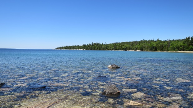 Clear waters of Katherine Cove, Lake Superior Provincial Park, Ontario, Canada