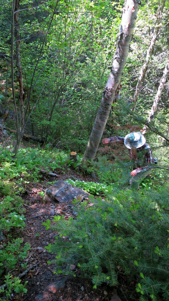 Tom scrambling up behind me, Casque Isles Trail, Schreiber, Ontario, Canada