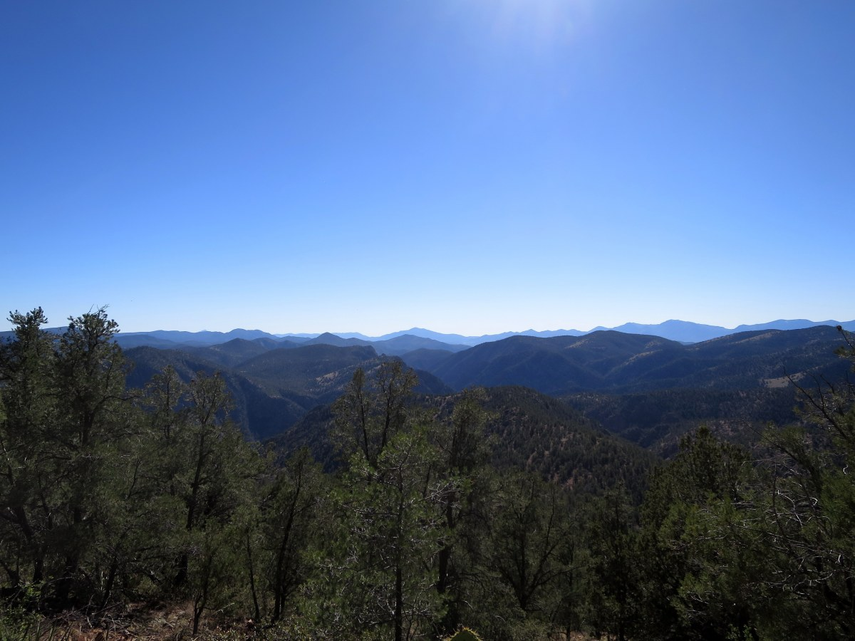 Hiking in Tonto National Forest and Hellsgate Wilderness
